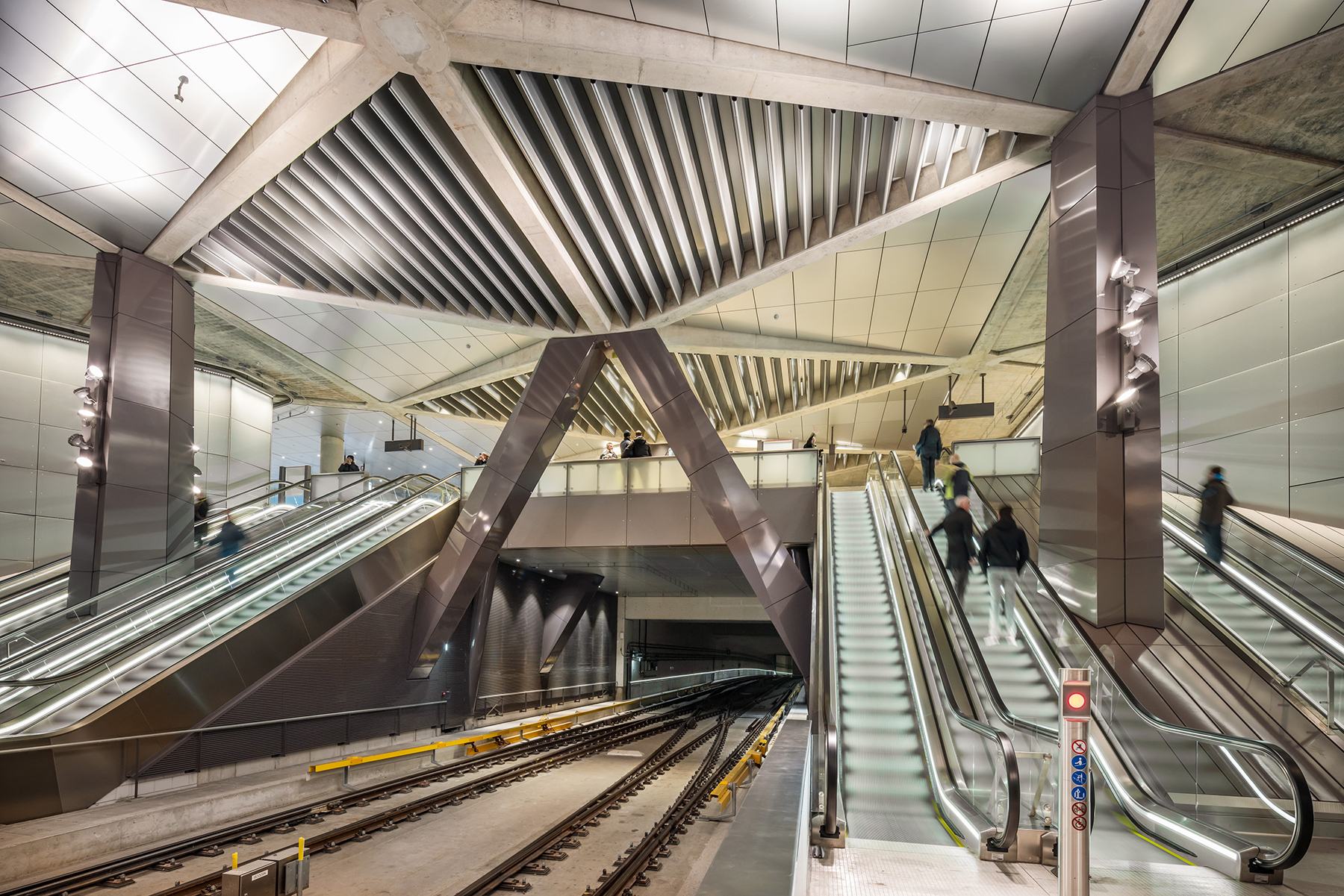 1-noord-zuidlijn-amsterdam-cs-verdeelhal-benthem-crouwel-architects-gemeente-amsterdam-metro-tram-jannes-linders1
